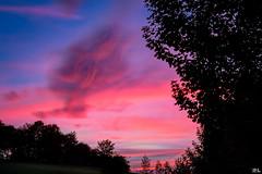 Abendrot (roland_lehnhardt) Tags: canon ef50mmf18usm eos60d licht light schatten shadow sonne sun abendrot dusk dmmerung wolken clouds himmel sky landschaft landscape nature