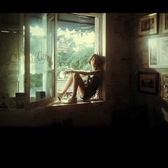 ภาพจาก MV เพลงใหม่ @noeysenorita