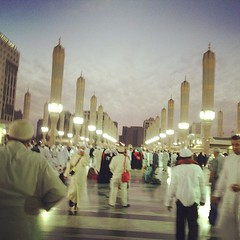 After fajr prayers 4/4/2013 (Mink) Tags: square squareformat saudi arabia medina rise saudiarabia umrah   madinah almadinah almunawwara iphoneography instagram instagramapp uploaded:by=instagram