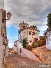Calle de Macharaviaya (Málaga) (ASpepeguti) Tags: españa andalucía spain ngc olympus andalucia costadelsol andalusia malaga málaga alandalus axarquía puebloblanco zd1454mm macharaviaya e620 aspepeguti photomatixpro42 satorgettymomentos