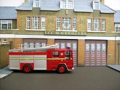 Blackwall fire station (kingsway john) Tags: scale station fire model models engine burning card kit dennis rs kingsway londons dockhead 176 blackwall