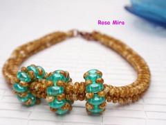 Abril, el mes de las pulseras  PU.0111 (Espuma de mar by Rosa Mira) Tags: seed twin jewelry bracelet bead beaded pulsera jewel joya bisuteria seedbead superduo twinbead