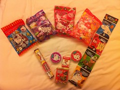 Haul (madchen) Tags: hongkong candy hellokitty snoopy moomins uploaded:by=flickrmobile flickriosapp:filter=nofilter