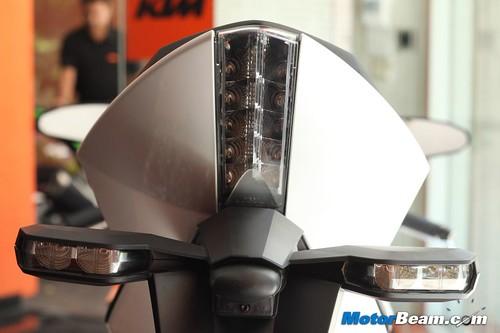 KTM-RC8R-India-09