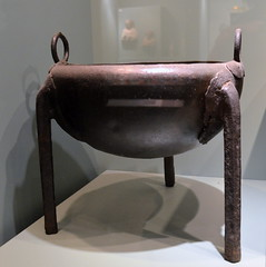 Bronze ring-handled tripod cauldron with evidence of ancient repairs (diffendale) Tags: museum bronze greek ancient display tripod kreta exhibit muse creta greece grecia crete museo artifact archaeological griechenland cauldron antico grce minoan candia greco grecque cretan chania  yunanistan kriti palatial archeologico crte   mycenaean   latehelladic minoisch lebes minoen minoico 13thcbce lhiiib 14thcbce  kretominoisch