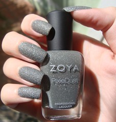 London - Zoya Pixie Dust (Rzmercury) Tags: london modern grey sand zoya areia nail polish pixie collection nails efeito dust liquid cinza matte lacquer esmalte tendency importado