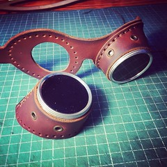 #steampunk #leathercraft #handmade #dieselpunk #leather #goggles (tovlade) Tags: black girl face make up leather punk hand mask goth goggles made doctor cyber cybergoth cyberpunk plague larp steampunk postapocalyptic postapocalypse dieselpunk