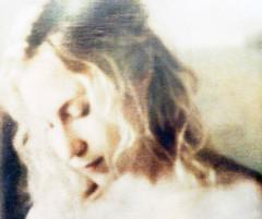 ingetogen (roberke) Tags: digitalart artistic creation creative photomontage photoshop layers lagen vrouw female femina portrait portret textures textuur