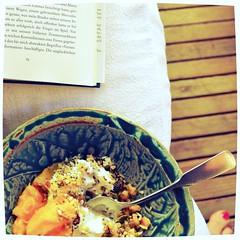 Morgenmsli (!Claro) Tags: neworleans holiday summer msli healthy food buch book vomendedereinsamkeit