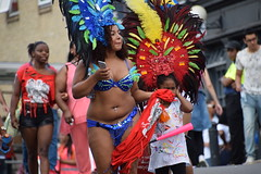 DSC_0610 Notting Hill Caribbean Carnival London Costume Lady Performer Showgirl Aug 29 2016 (photographer695) Tags: notting hill caribbean carnival london costume lady performer showgirl aug 29 2016