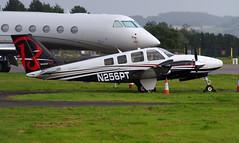 Beech G58 Baron  N256PT on the ground at Dundee, 20/8/16 (andyflyer) Tags: beechg58baron beechcraft beechbaron beechcraftg58 n256pt dundeeaiport egpn dnd