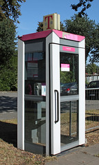Endangered relic (Schwanzus_Longus) Tags: german germany 90s telecommunication public telephone phone booth grey gray pink magenta deutsche telekom train station telefonzelle outdoor delmenhorst