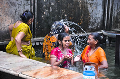 Bathing at Monkey Temple (PiccolaSayuri) Tags: bathing monkeytemple jaipur india rajasthan haryana uttarpradesh madhyapradesh delhi mandawa bikaner jaisalmer jodhpur udaipur agra fathpursikri gwalior orchha khajuraho varanasi incredibleindia hindu temples forts colours people faces