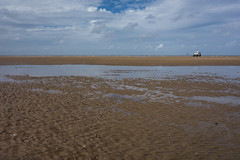 Ebbing tide (tabulator_1) Tags: southport ainsdale landrover sands beach