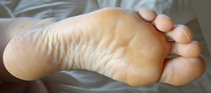 DSC04011-2 (thermosome) Tags: wrinkled mature soles feet foot