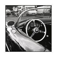 porsche  vignoles, burgundy  2016 (lem's) Tags: porsche wheel volant vintage car classic automobile vignoles burgundy bourgogne hasselblad 500cm