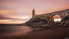 Phare du petit minou - (Explore 20/09/16) (f.ray35) Tags: phare bretagne france long exposure filter nd1000 sea sky clouds sunset light