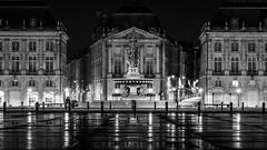 Clair obscure (#ferretmonamour) Tags: gironde bordeaux nuit place calme
