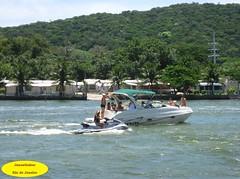 Navegando (Janos Graber) Tags: gua pessoas lagoa lancha cabofrio jetsky cabofriorj