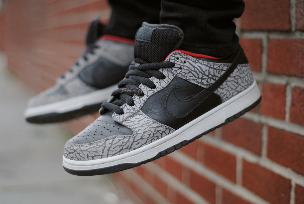 Black Supreme Lows (Nicholas Fung) Tags: nike nikesb sb skateboarding  sneakers shoes kicks