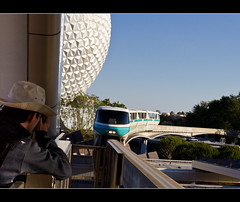 Monorail Monday XLII - Volume 3 (DugJax) Tags: monorail waltdisneyworld epcotcenter spaceshipearth futureworld ef1740mmf4lusm monorailteal canonrebelt2i