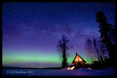 Cabin Glow (Ed Boudreau) Tags: winter snow alaska nightsky northernlights auroraborealis milkyway trappercreek