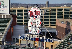 Minnesota Twins (jpellgen (@1179_jp)) Tags: minnesota losangeles spring twins nikon downtown baseball minneapolis angels target twincities tamron mlb 18200mm 2013 targetfield d3100