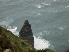IMG_1698 (Mayan_princess) Tags: ocean ireland misty waves republic windy cliffs atlantic stunning cliffsofmoher isle olas isla moher irlanda oceano atlantico esmeralda acantilados riscos republicofireland increble esmerald atlanticdrive