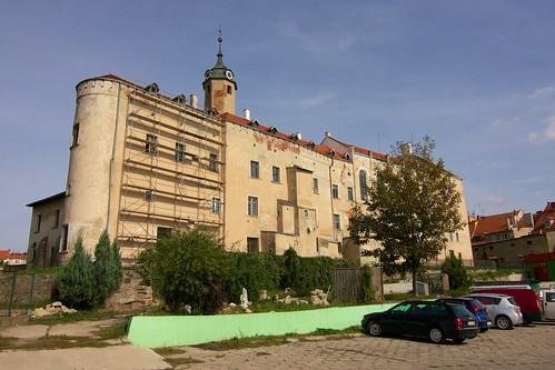Południowa ściana zamku w Jaworze od zachodu