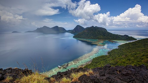 View from the peak of Bohey Dulang Island