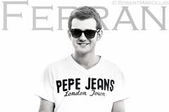 Ferran (robertmossi) Tags: light portrait robert sol sunglasses canon de eos natural retrato jeans ronda gafas pepe f18 ferran tamarit jimenez 86mm forcada 60d marcillas