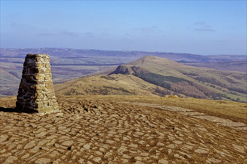everythings quiet on mam tor