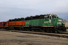 Fill 'Er Up! (JayLev) Tags: rock bn chillicothe bnsf gravel ballast iais