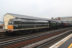 One Brush and His Duke (jalapenokitten) Tags: diesel unitedkingdom railway hampshire steam locomotive gbr eastleigh 71000 class31 31190 class8p d5613