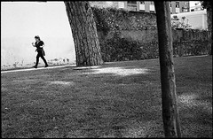 (Going The Distance) (Robbie McIntosh) Tags: leica trees blackandwhite bw woman film girl monochrome grass wall analog 35mm kodak candid trix lawn streetphotography hc110 rangefinder running stranger bn summicron negative 400 analogue jogging fitness m6 biancoenero argentique physical leicam6 dyi selfdeveloped pellicola kodaktrix400 analogico leicam6ttl leicam filmisnotdead kodakhc110 hc110dilb autaut leicasummicron50mmf20iv villavannucchi summicron50mmf20iv leicasummicron50mmf2iv