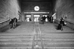 fuenf vor drei (micagoto) Tags: street travel building travelling clock topv111 stairs stuttgart db treppe hauptbahnhof bahn hbf reise uhr