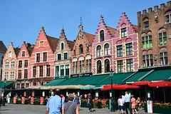 Bruges: Market Square (zug55) Tags: brugge bruges brgge flanders flandern belgium belgique belgien belgi explore markt grotemarkt marketsquare flandres unescoworldheritagesite worldheritagesite unesco welterbe werelderfgoed vlaanderen westflanders westvlaanderen