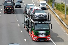Stobart Automotive 1409 (stavioni) Tags: esl eddie stobart group truck trailer lorry m4 reading european automotive honda car transporter 1409 suzanne nicole 4aj3886 mercedes benz actros