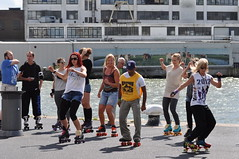Free Roller Skate Summer Jam at Hotel New York (Mary Berkhout) Tags: maryberkhout rotterdam hotelnewyork skating rollerskating youngpeople rolschaatsen water maas rivier river