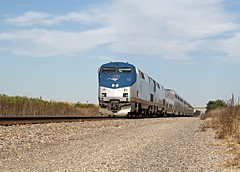 Zephyr Arrivals in Mendota (Laurence's Pictures) Tags: burlington northern santa fe bnsf mendota train rail railroad railway locomotive engine