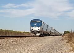 Zephyr Arrivals in Mendota (Laurence's Pictures) Tags: burlington northern santa fe bnsf mendota train rail railroad railway locomotive engine