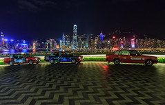 Hong Kong skyline (Maria_Globetrotter) Tags: world guangzhou china road christmas travel winter sea panorama west tourism by skyline bar night canon hongkong lights hotel design vinter colorful asia neon carlton december commerce republic view over perspective entrance center east hong kong clear peoples international guangdong ritz times tall prc merry ritzcarlton southeast minimalism  icc minimalistic height province sar meets overview 2012 highest tallest hotell 650d 1585 xinggng hunggng mariaglobetrotter