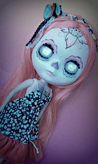 Best Dress Doll (Lawdeda ) Tags: de dead for los doll day factory dress ooak awesome dia boom best special made bubble muertos blythe custom dolly dressed sirenita hairs calavera ig fbl jalapeo treasured