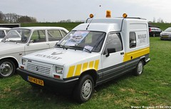 Renault Express 1.4 1986 (XBXG) Tags: auto old france classic netherlands car vintage french automobile nederland voiture renault express 1986 paysbas ancienne amerongen franaise renaultexpress sidecode4 bp42xd