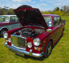 1973 VANDEN PLAS 1300 PRINCESS AUTO (Yugo Lada) Tags: auto classic cars car amazing nice shiny princess maroon surrey retro clean stunning vehicle parked lovely 1973 plas 1300 immaculate vanden ado16 nto552m