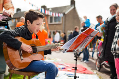 Koninginnedag (VictorMk1 (read my profile)) Tags: boy music favorite orange holland netherlands dutch guitar muziek tradition hollands oranje handel koninginnedag gitaar faved jongen rommelmarkt leusden 35l traditie kraampjes 2013 kroningsdag queansday