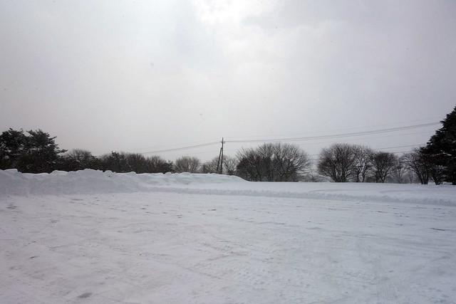 第1目的地のキープファームショップに着くもすっごい雪|キープファームショップ