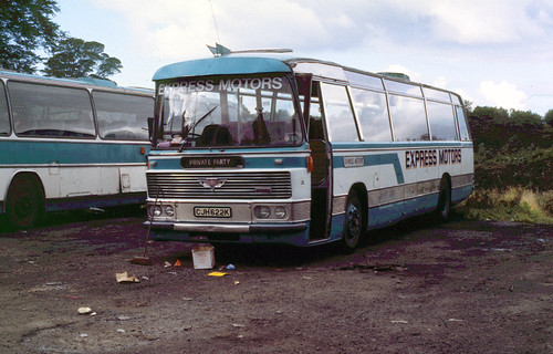1986-09-10 CJH 622K AEC Reliance-Duple of Express Motors,  Near Caernarvon
