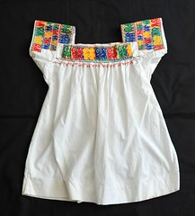 Otomi Blouse Mexico (Teyacapan) Tags: animals mexico clothing embroidery mexican textiles puebla ropa bordados blouses blusa otomi sanpablito