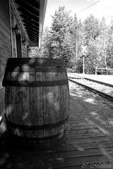 160817-04 Un air d'autrefois! (clamato39) Tags: armagh train gare trainstation blackandwhite noiretblanc bw monochrome provincedequbec qubec canada